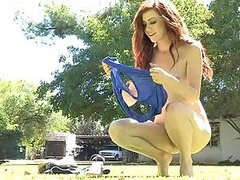 This Ginger Babe Fingers Her Box In The Garden