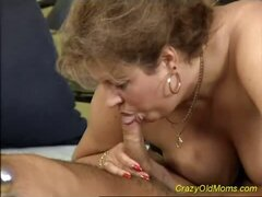 Sexy old mom fucking