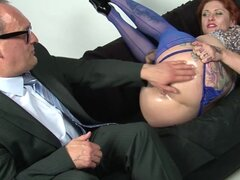 Slutty redhead enjoys hot fisting