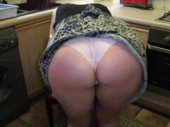 Amateur upskirt British granny showing her panties