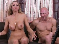 Hardcore Scene With the Blonde Milf Julia Ann