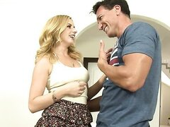 Sweet milk facial/Lexi Belle