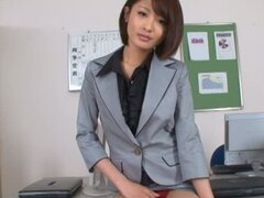 Pretty Japanese chick Yuuki Natsume shows off her ass and snatch