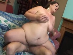 Fat brunette babe gets fucked and jizzed on her boobs