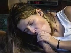 Tinted blonde gives BJ and swallows