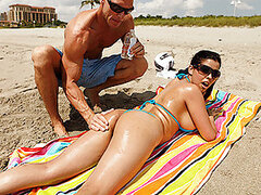 Diamond is at the beach and needs some assistance to oil up her ass so she can get a nice tan. She calls over Johnny to oil her up, but he ends up going over to her place and rubbing his special cream all over her face.