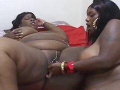 Two BBW's Cum in WIld Fantasy