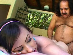 Fat Ron Jeremy fucks Jennifer White