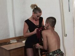 Kathia Nobili ties up bald lesbian Sinead and plays with her snatch