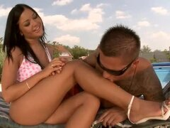 Sizzling Angelica Heart pleases a guy by the pool