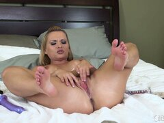 Hot solo action with blondie Katja Kassin as she works herself to orgasmic pleasure