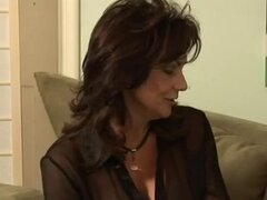 Hot mature Deauxma...