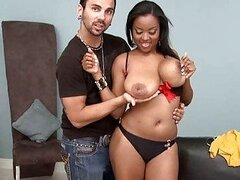 Big boobs ebony belle Alia Starr get a dick