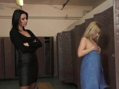 Teacher in leather skirt eats out sexy blonde