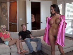 Ariella Ferrera and Cody Sky are fucking with Charli Shiin