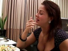 Gorgeous Milf gets nailed on first date
