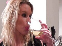 Blonde mature wife seduces