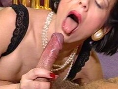 Mature bitch enjoys hot hardcore fucking...