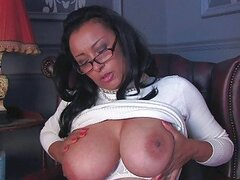 Arousing dark haired milf wth glasses...