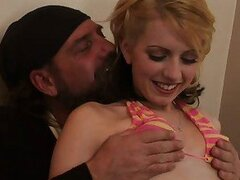 Teen lexi belle plays show and lick